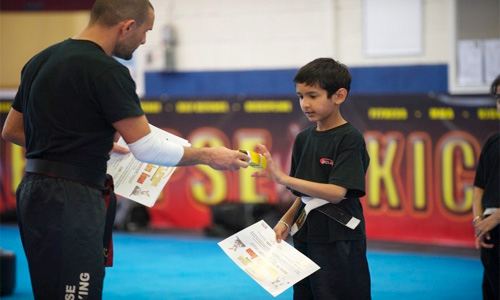 kids_kickboxing_classes_6